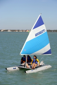 Sea Eagle SailCat sailing without a solar panel