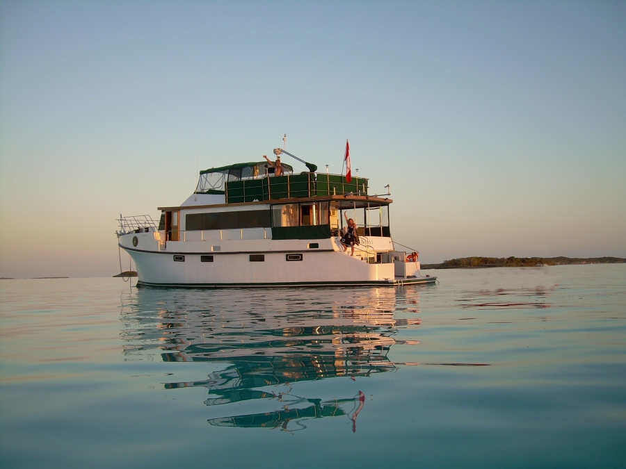 """Every day's a great day when you live full-time aboard your own boat. The Greenes """"commute"""" between Toronto, Canada and the Bahamas"""
