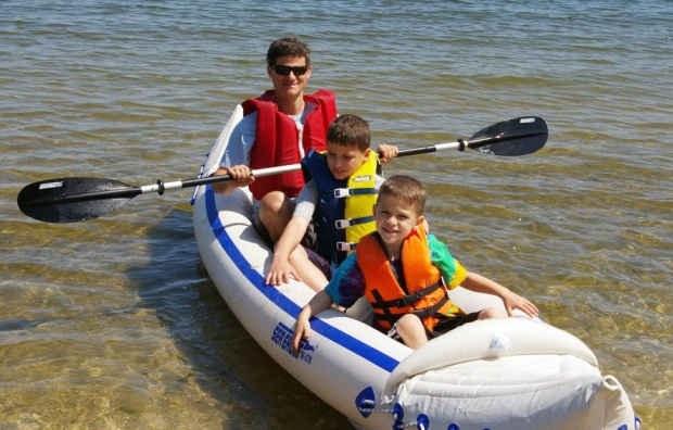 Charles Neuman, Sea Eagle 370 boater, introduced his young family to Sea Eagle boating this past Fathers Day with an outing on New York's Oyster Bay.